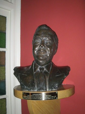 Eric Randall bust by Helen Chown